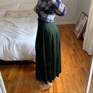 Vintage long green skirt xs/s